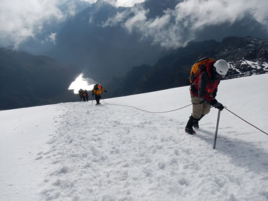 8 Days Classic Gorillas and Mountain Rwenzori Trek